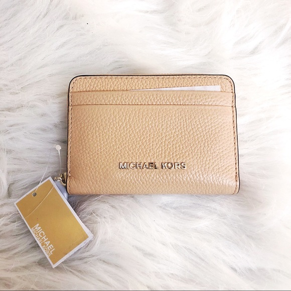 a7d02ec5977f Michael Kors Bags | Wallet Brand New With Tags | Poshmark
